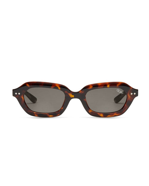 Quay Anything Goes Sunnies - Tort Smoke
