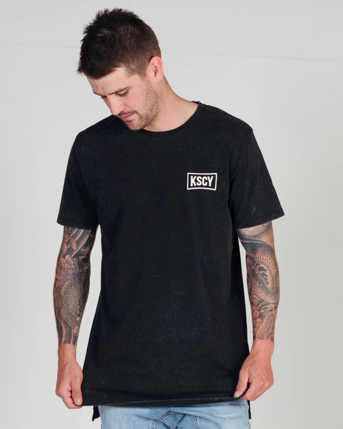 KISS CHACEY FRACTURE TEE - ACID BLACK