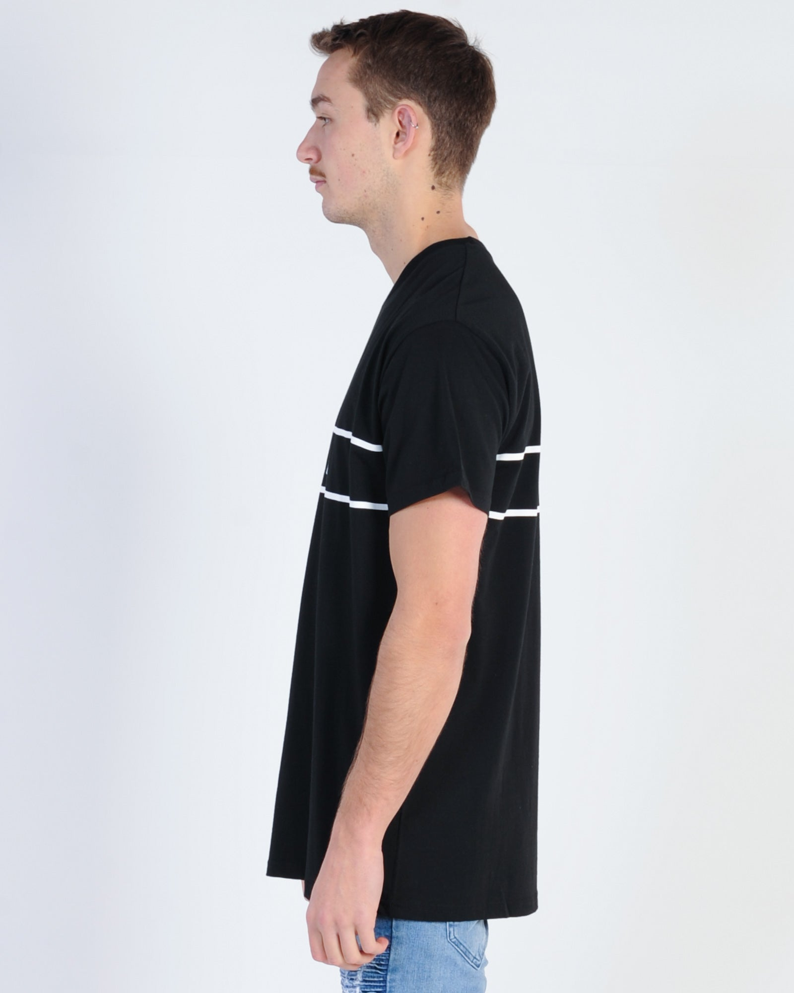 Wndrr Reverse Custom Fit Tee - Black