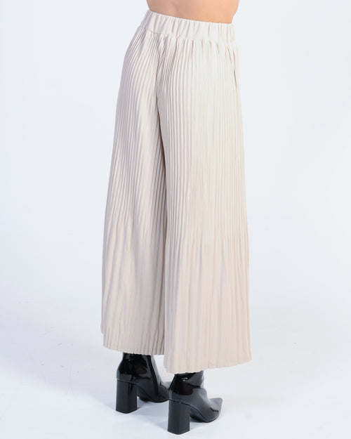Strike A Pose Pleated Pant - Beige