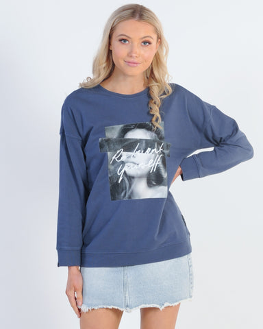 SILENT THEORY POLLY TEE - NAVY