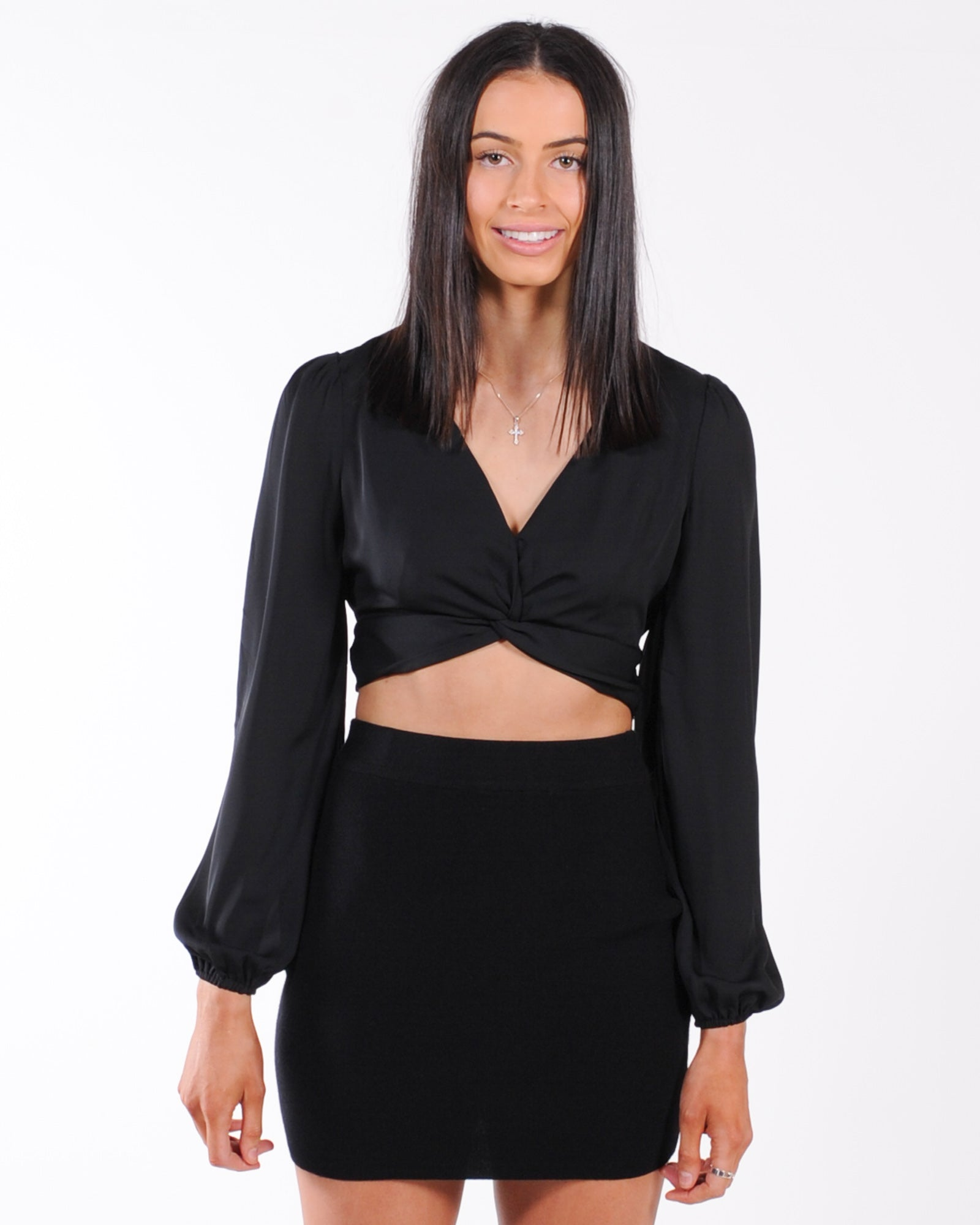 Last Sunset Twist Front Top - Black