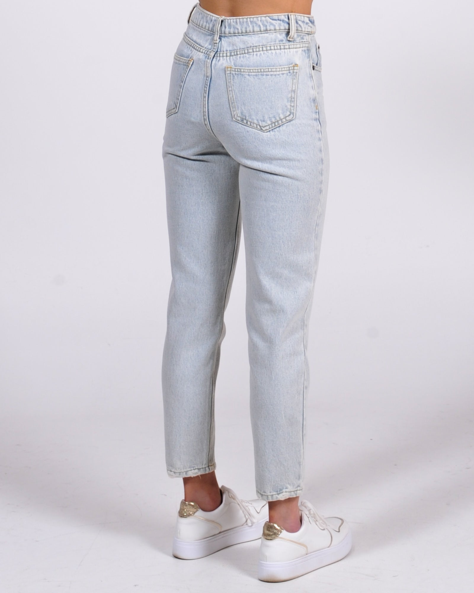 Nineties Mom Jean - Washed Blue