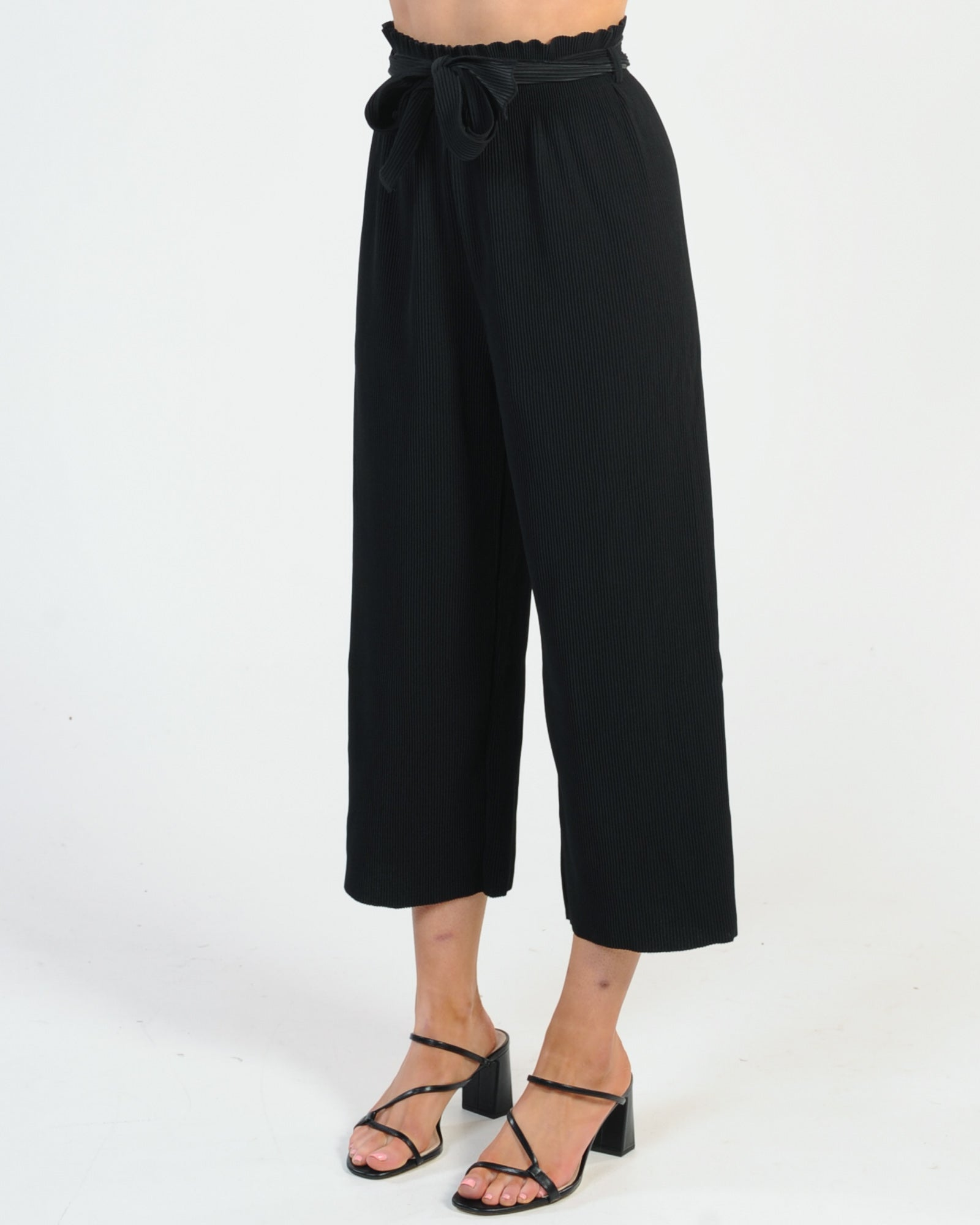 Promise Made Pleated Pant - Black