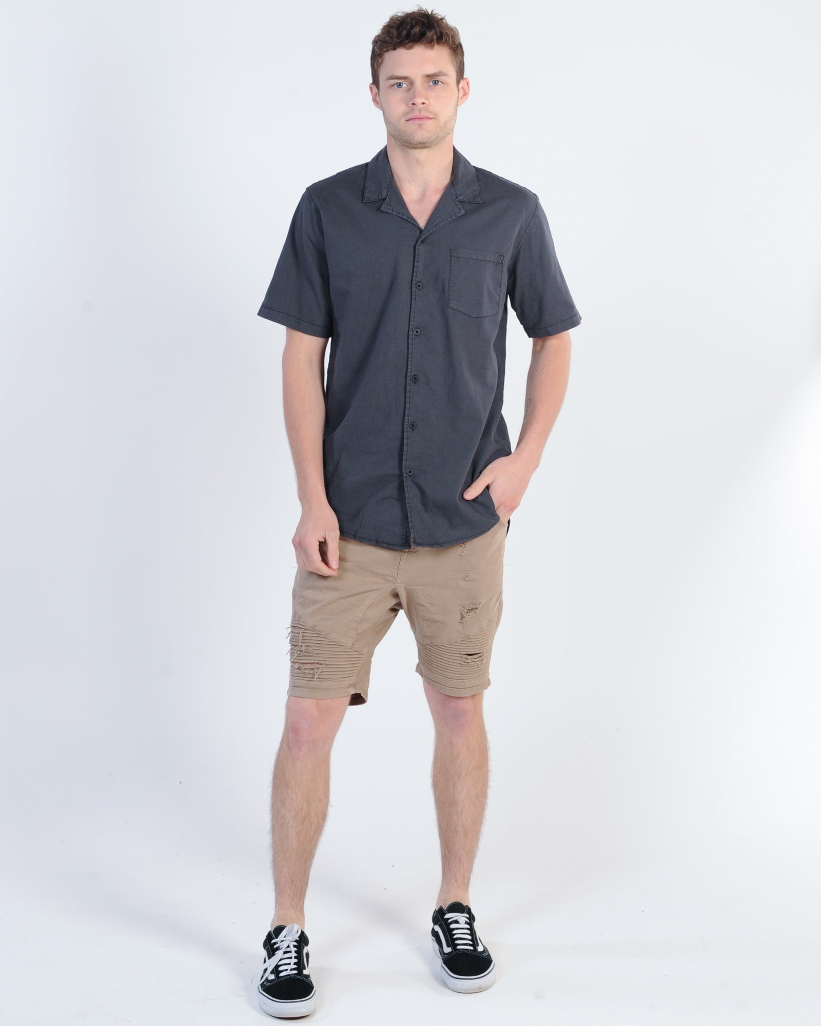 Silent Theory Breeze Linen S/S Shirt - Washed Black