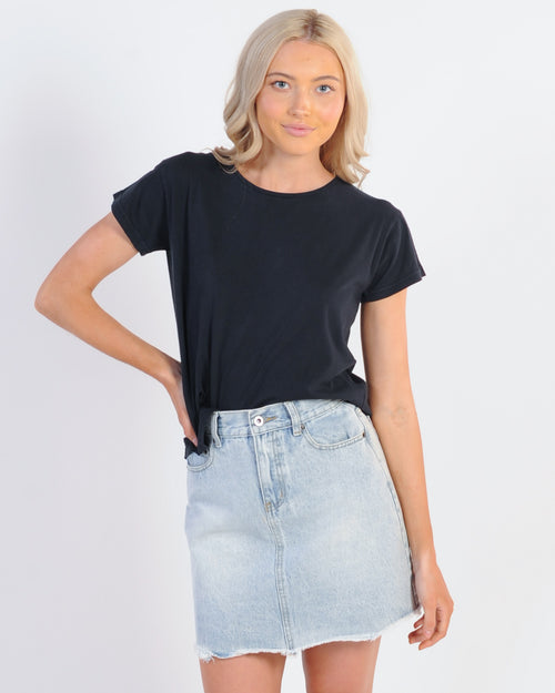 Silent Theory Polly Tee - Washed Black