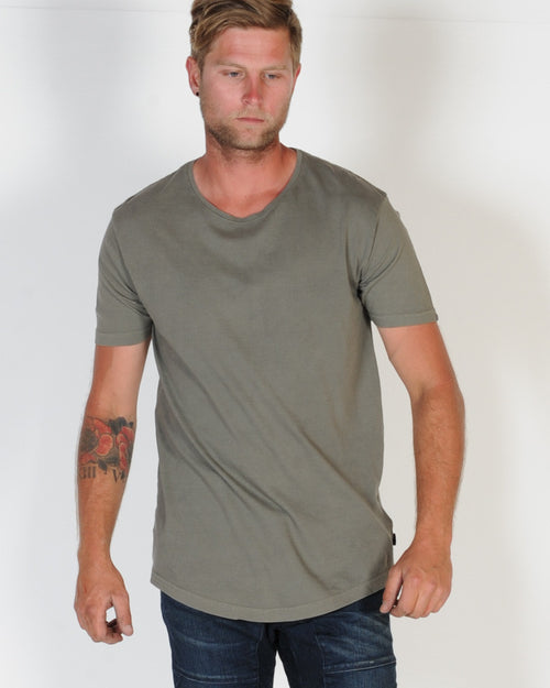 SILENT THEORY PIGMENT TAIL TEE - KHAKI DULL GREEN