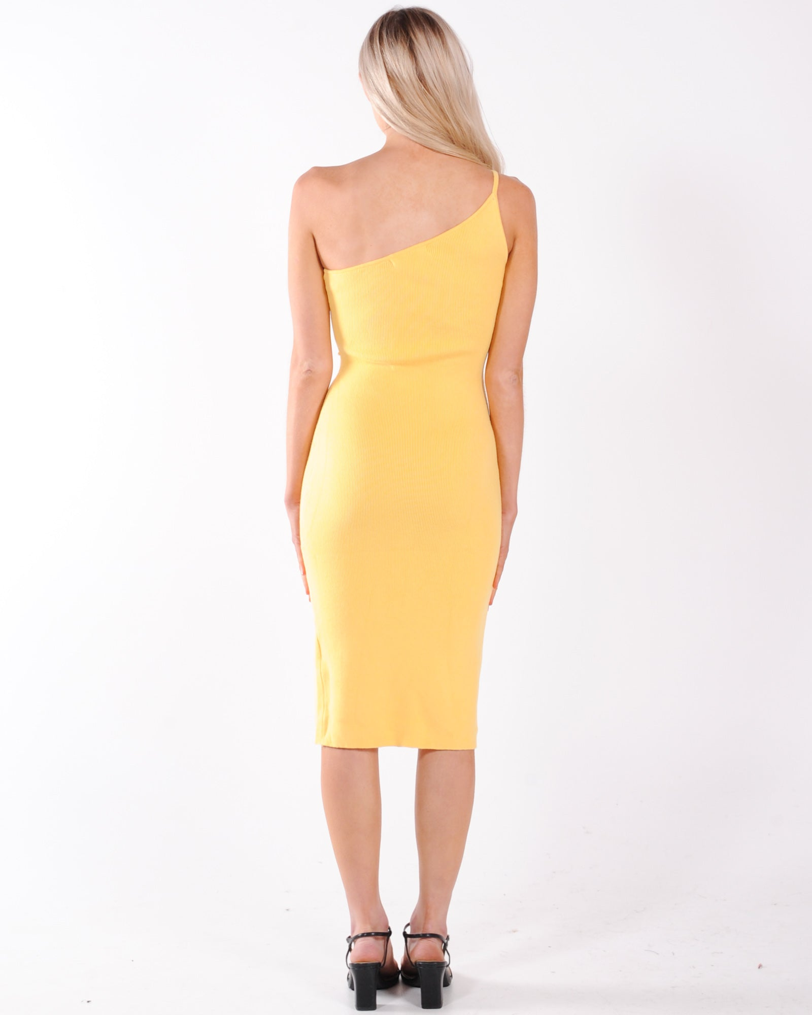 Eyes On You Knit Dress - Yellow