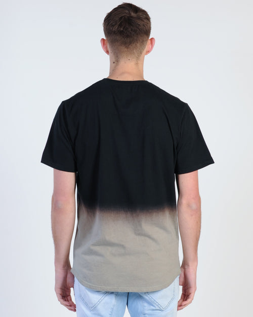 Nana Judy District Tee - Black Fade