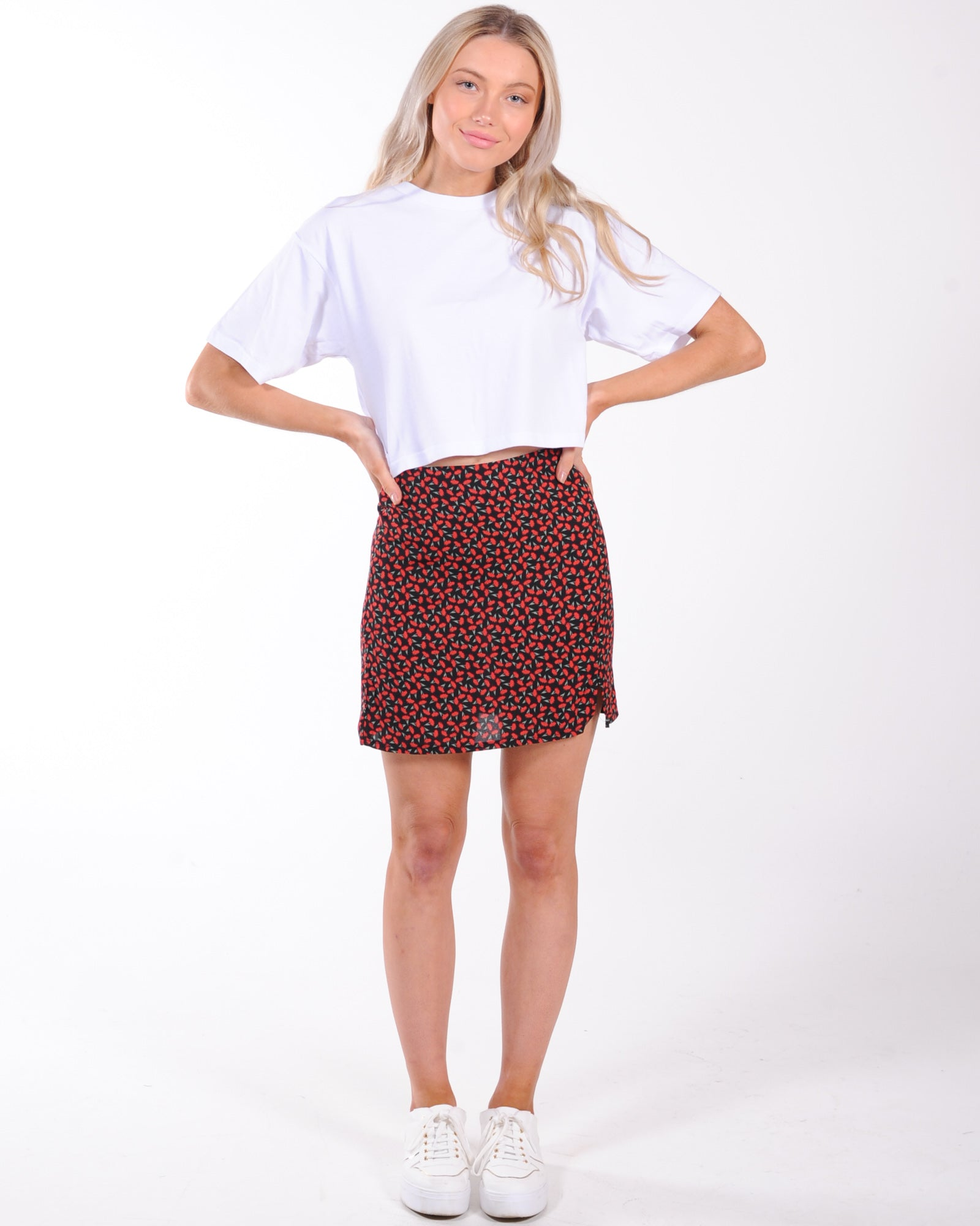 Free Time Floral Skirt - Red Floral