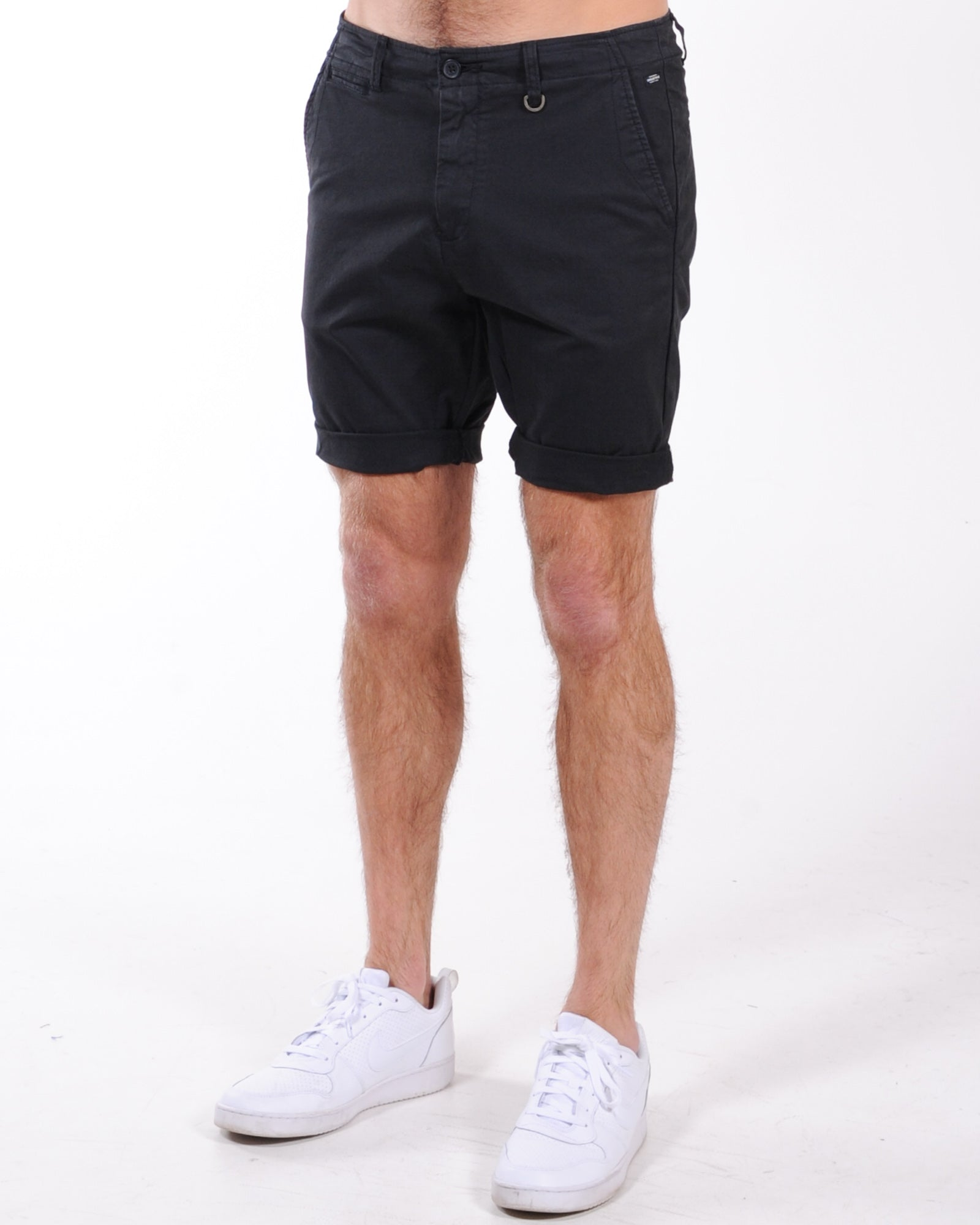 Industrie Rinse Short - Black