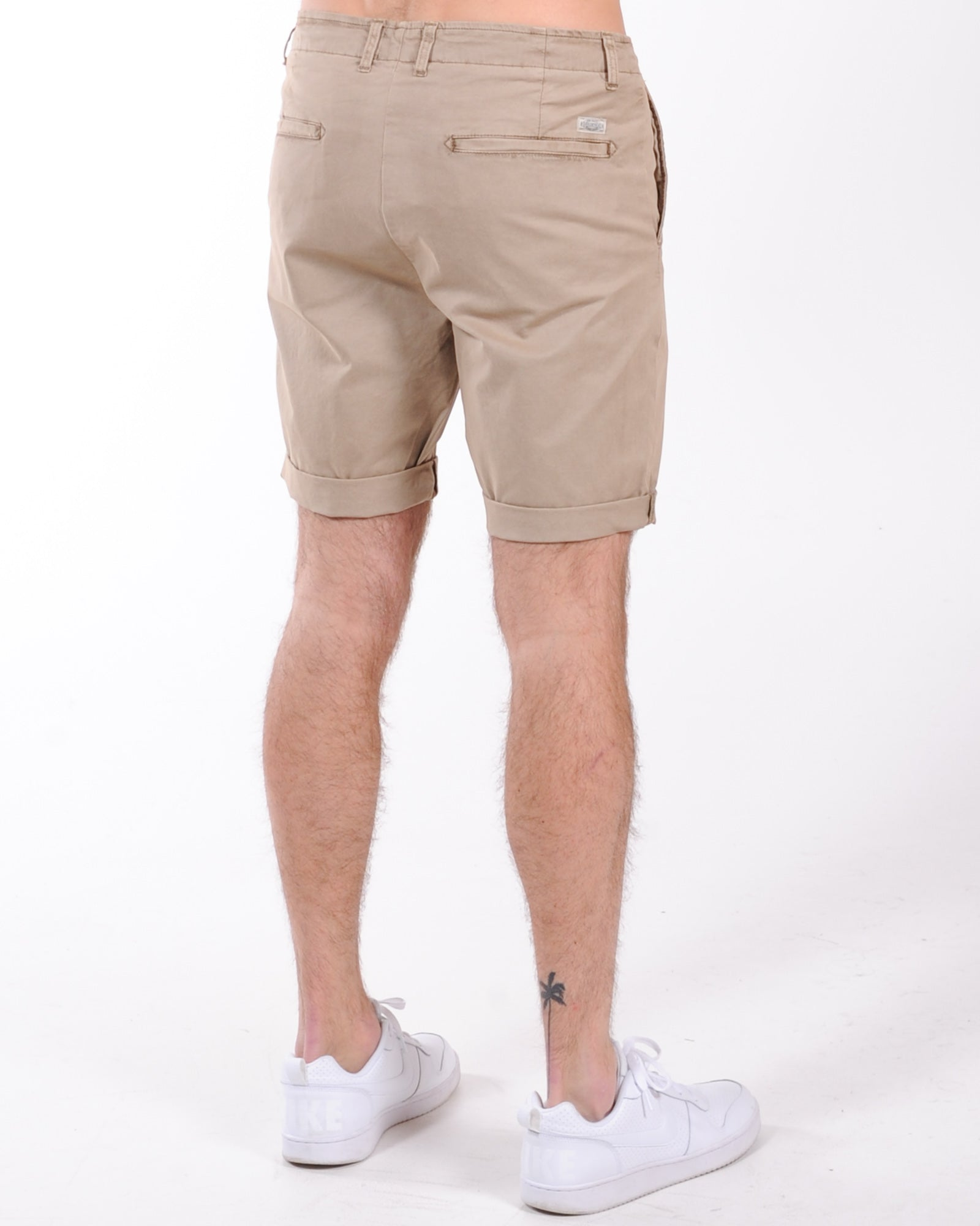 Industrie Washed Rinse Short - New Cinnamon