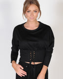 CROWD PLEASER TOP - BLACK