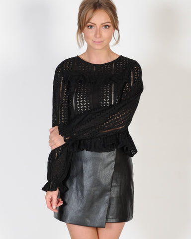 MYSTERY SOLVED TOP - BLACK