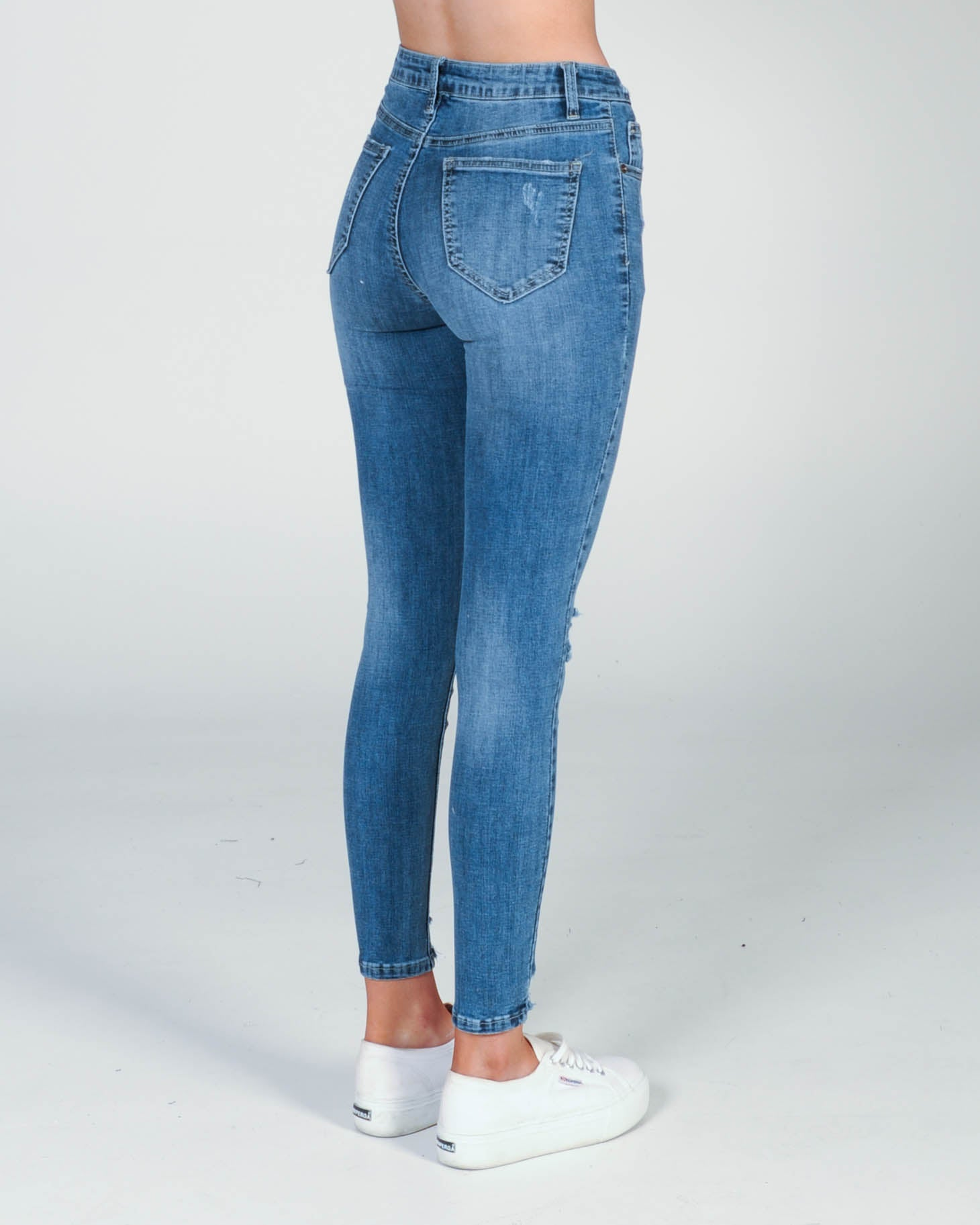 Nebraska Distressed Jean - Blue