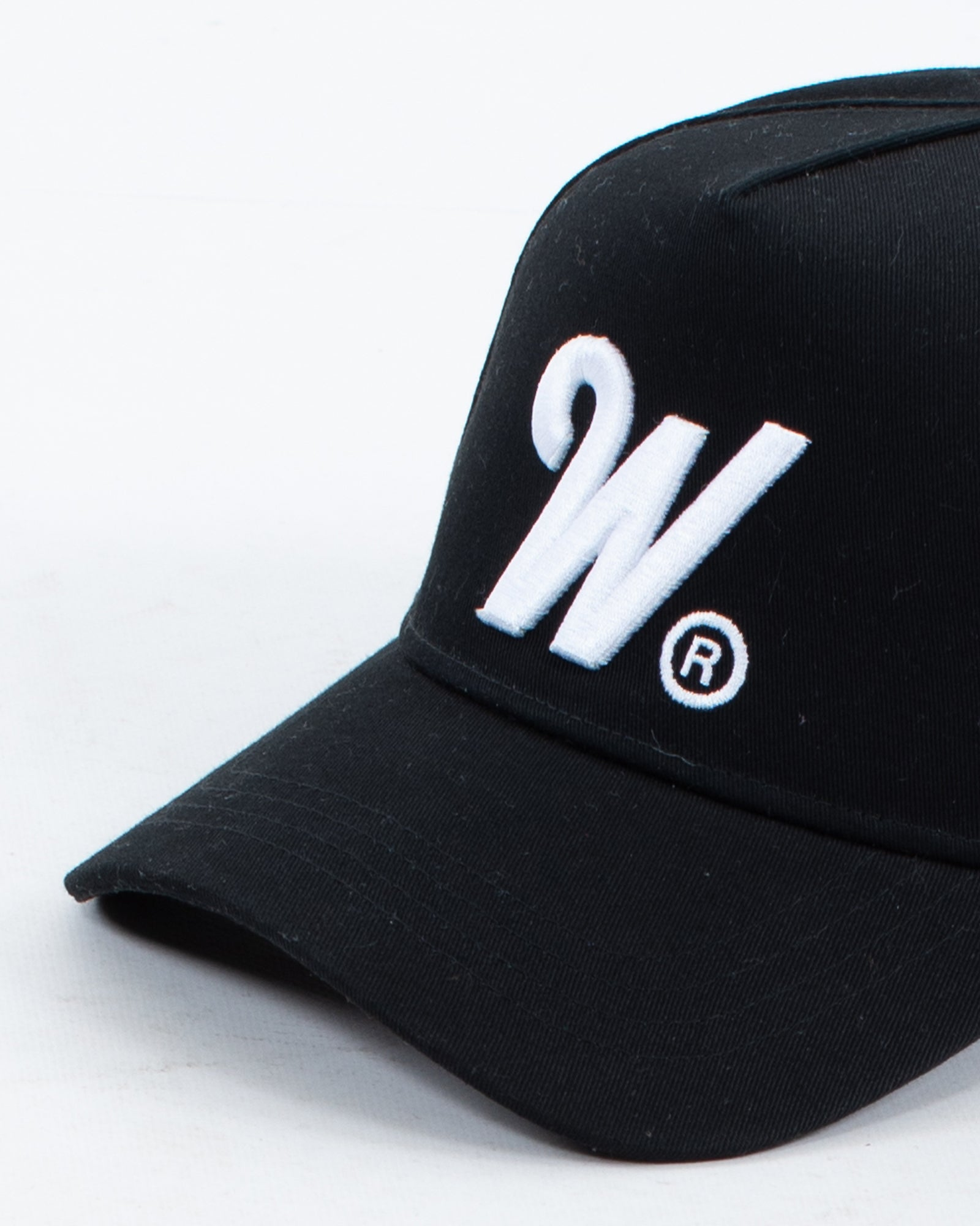 Wndrr Phillips High Rise Cap - Black
