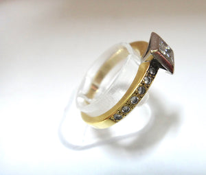 18CT Gold, Princess and Brilliant Cut Diamond Ring