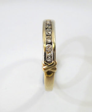 9CT GOLD & Brilliant Cut Diamond Channel Set Ring
