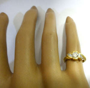 18CT Yellow GOLD, Baguette & Brilliant Cut DIAMOND Ring