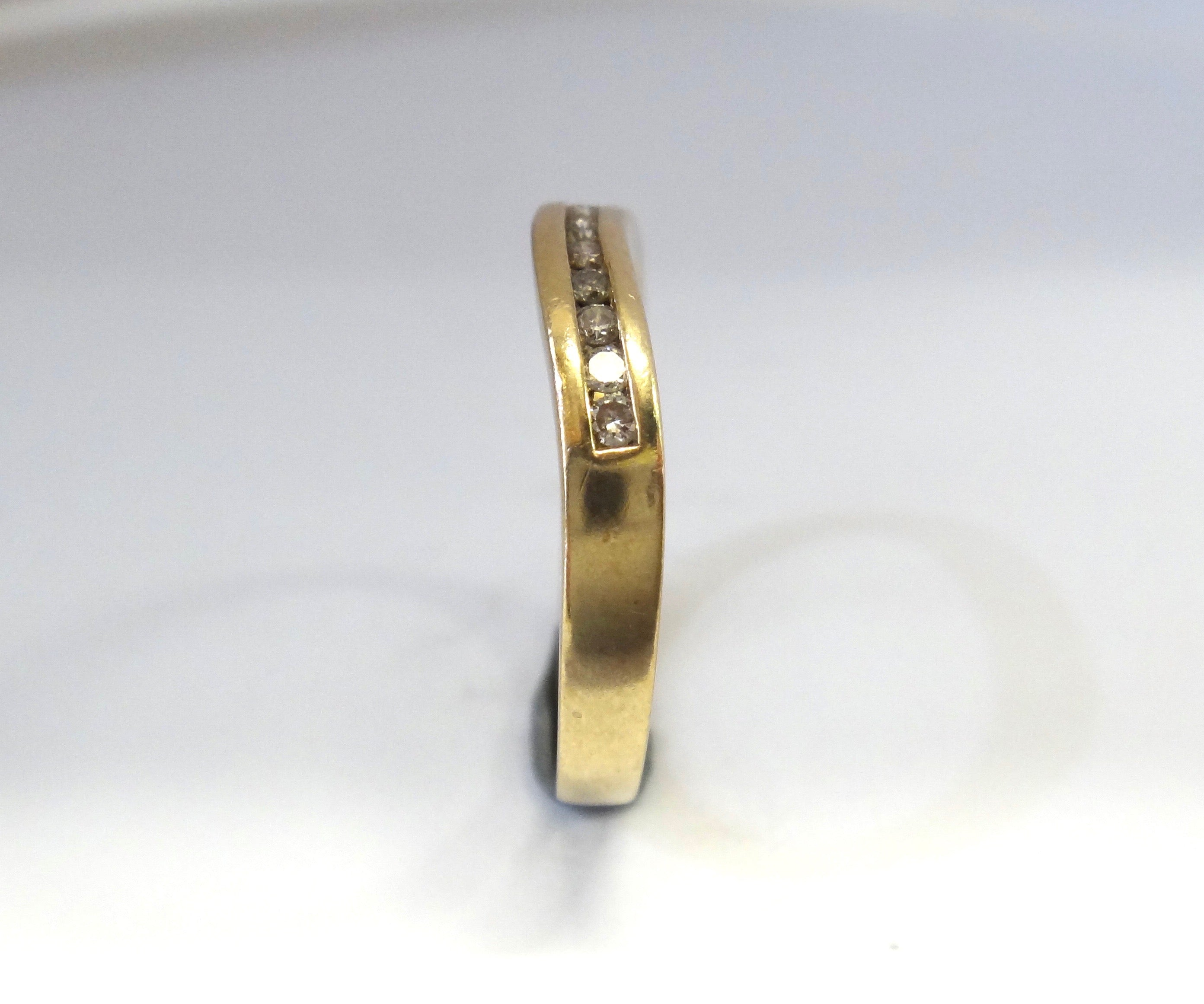 9CT GOLD & Channel Set DIAMOND Ring