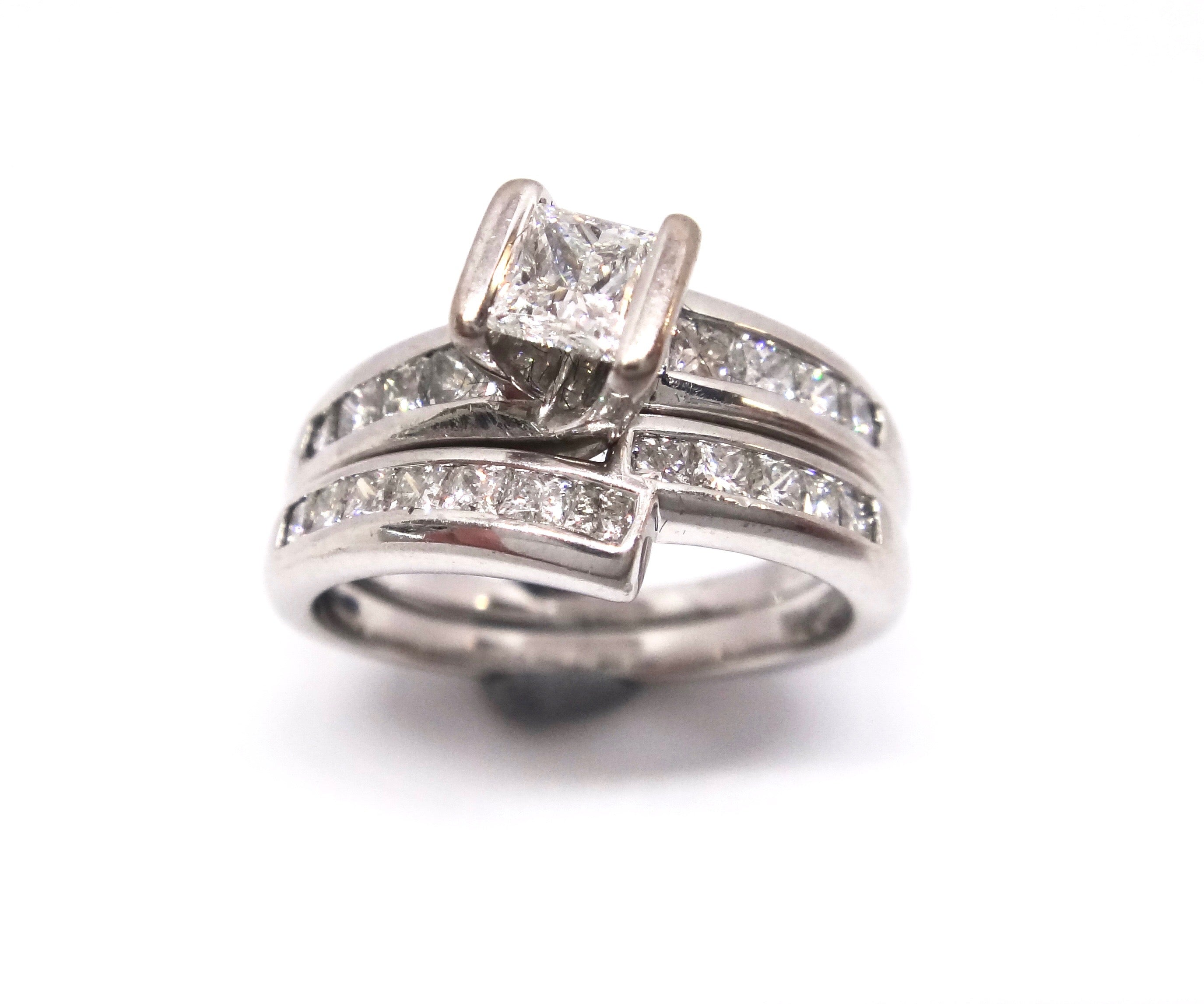 18CT White GOLD & Princess Cut DIAMOND Engagement/Wedding Ring Set
