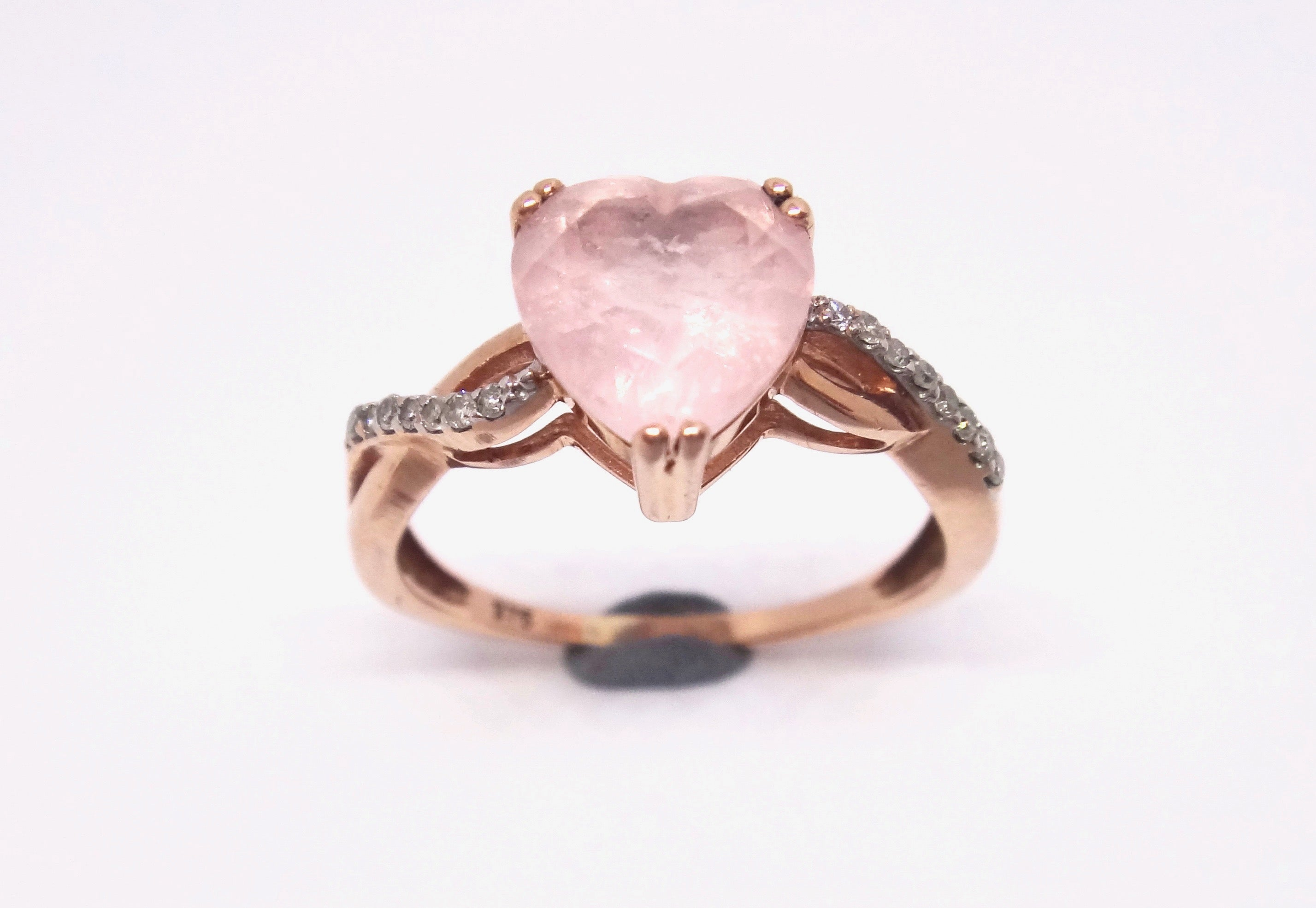 9CT Rose GOLD, Diamond & Heart Shaped Rose Quartz Ring