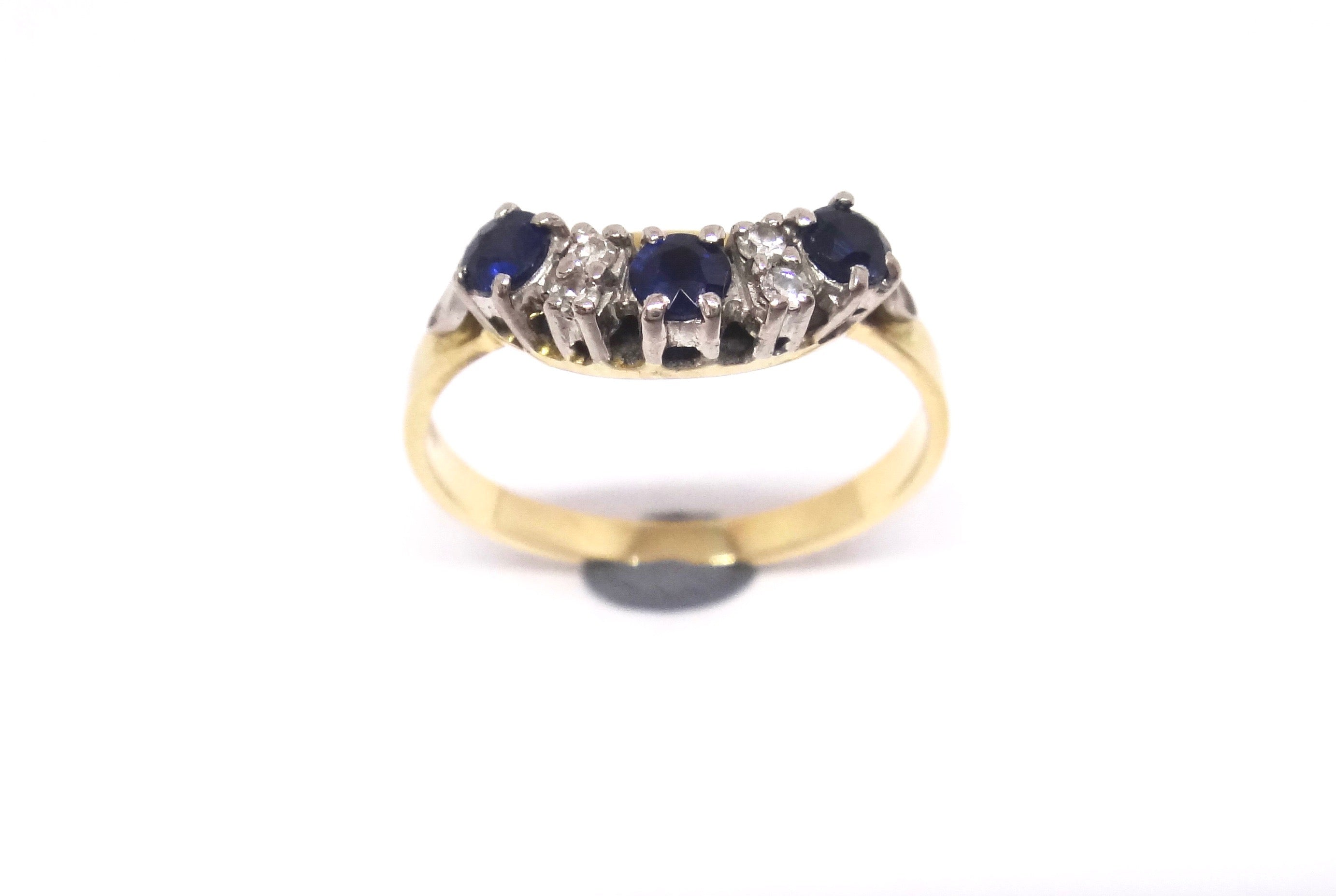 Handmade 18CT Yellow GOLD, Sapphire & Diamond Ring