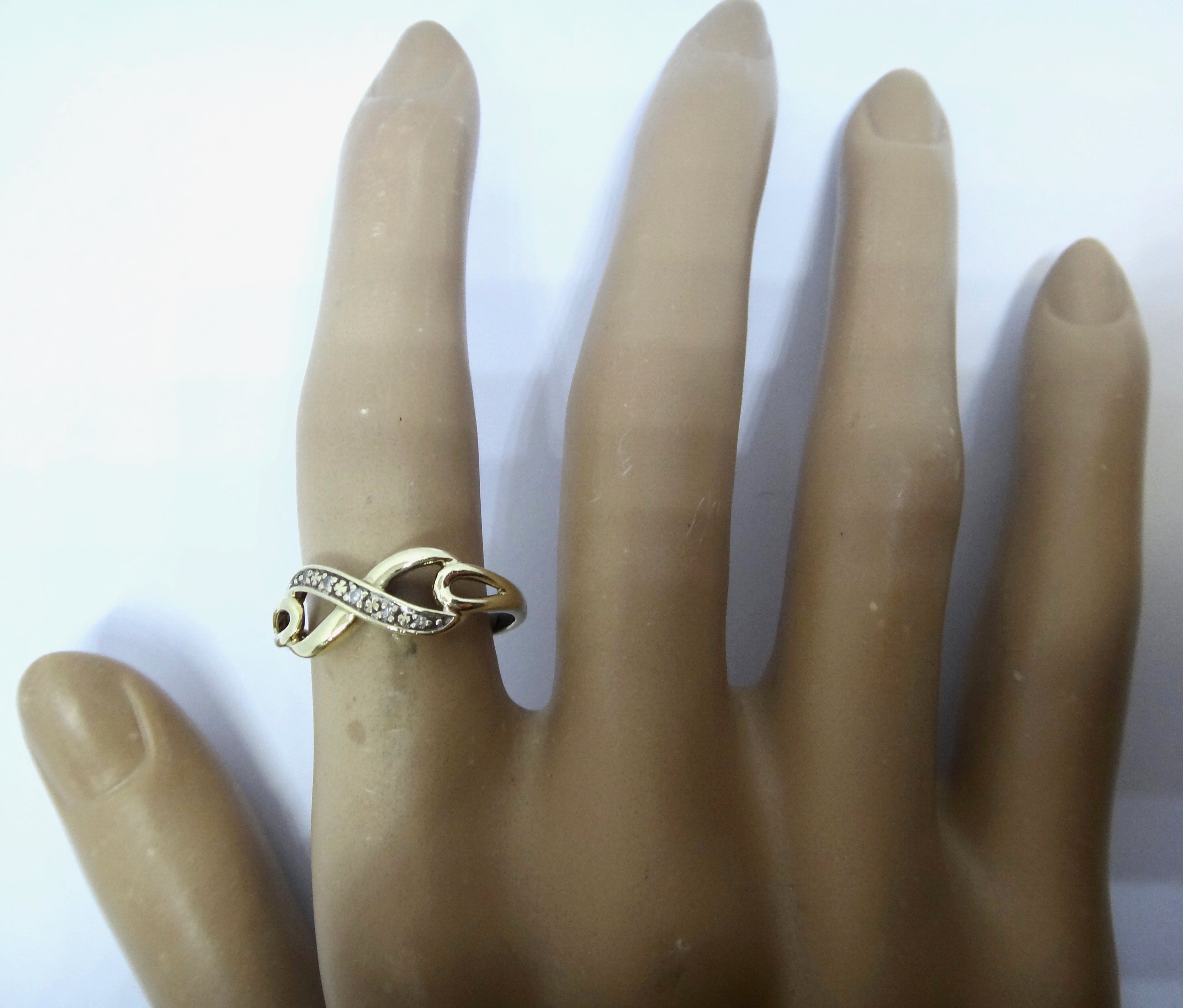 9CT Yellow GOLD & Diamond Infinity Ring