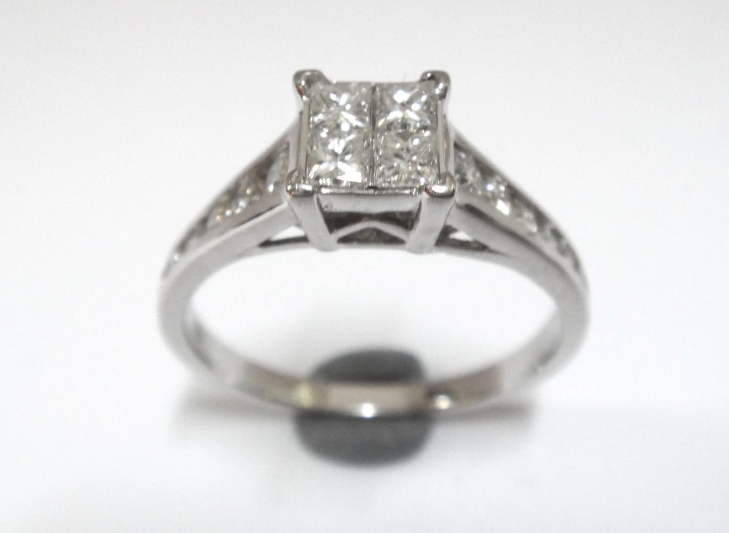 18 Ct White Gold & Princess Cut Diamond Ring