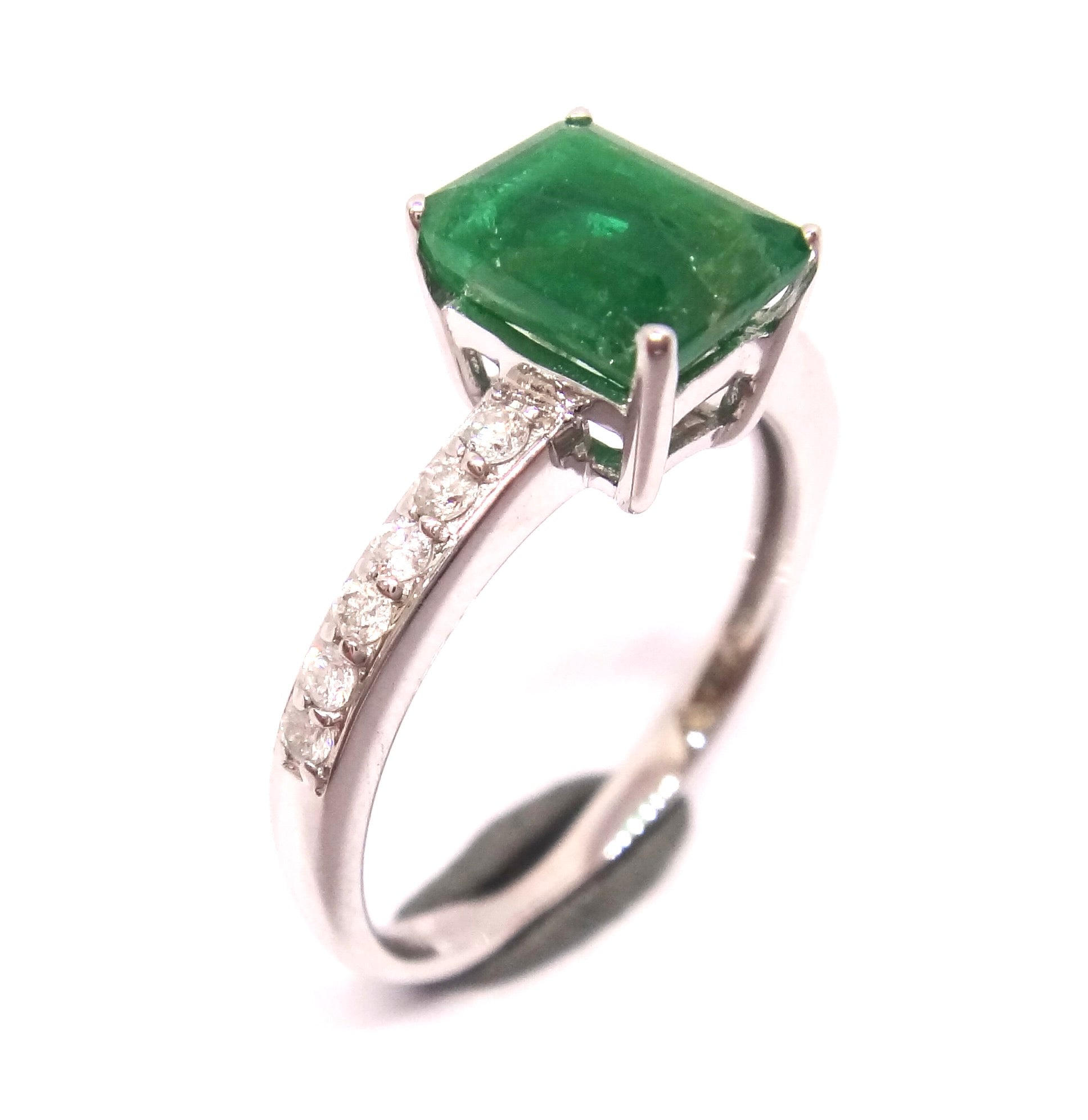 10CT White GOLD, Emerald & Diamond Ring VAL $4,910