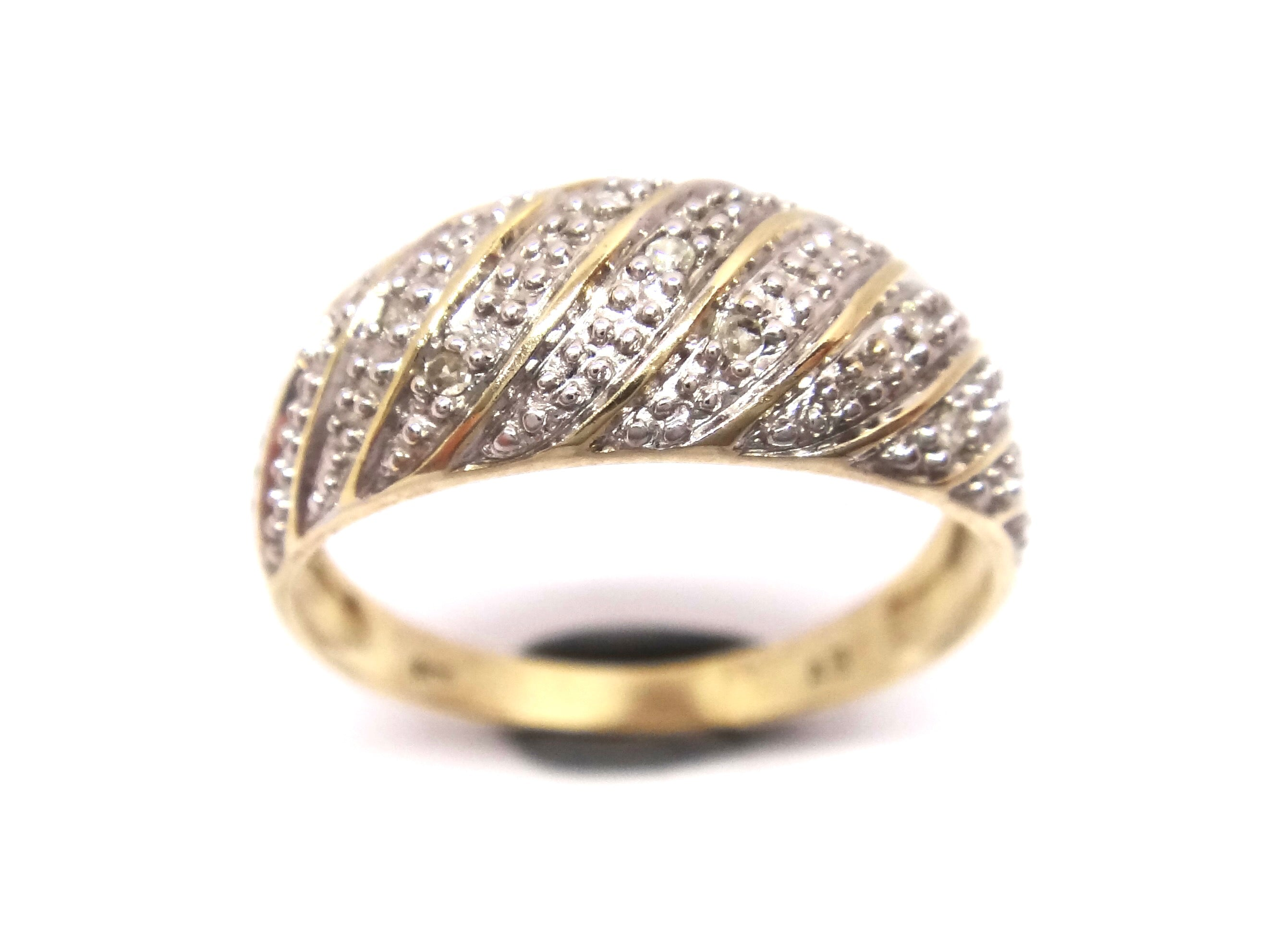 9CT Yellow GOLD & Diamond Dome Ring