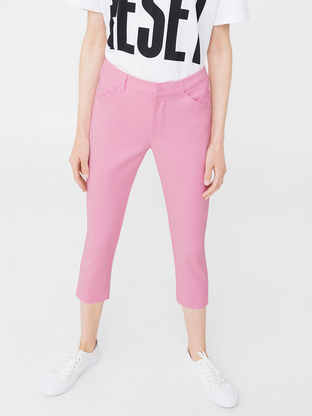 Pink Regular Fit 3/4th Trousers