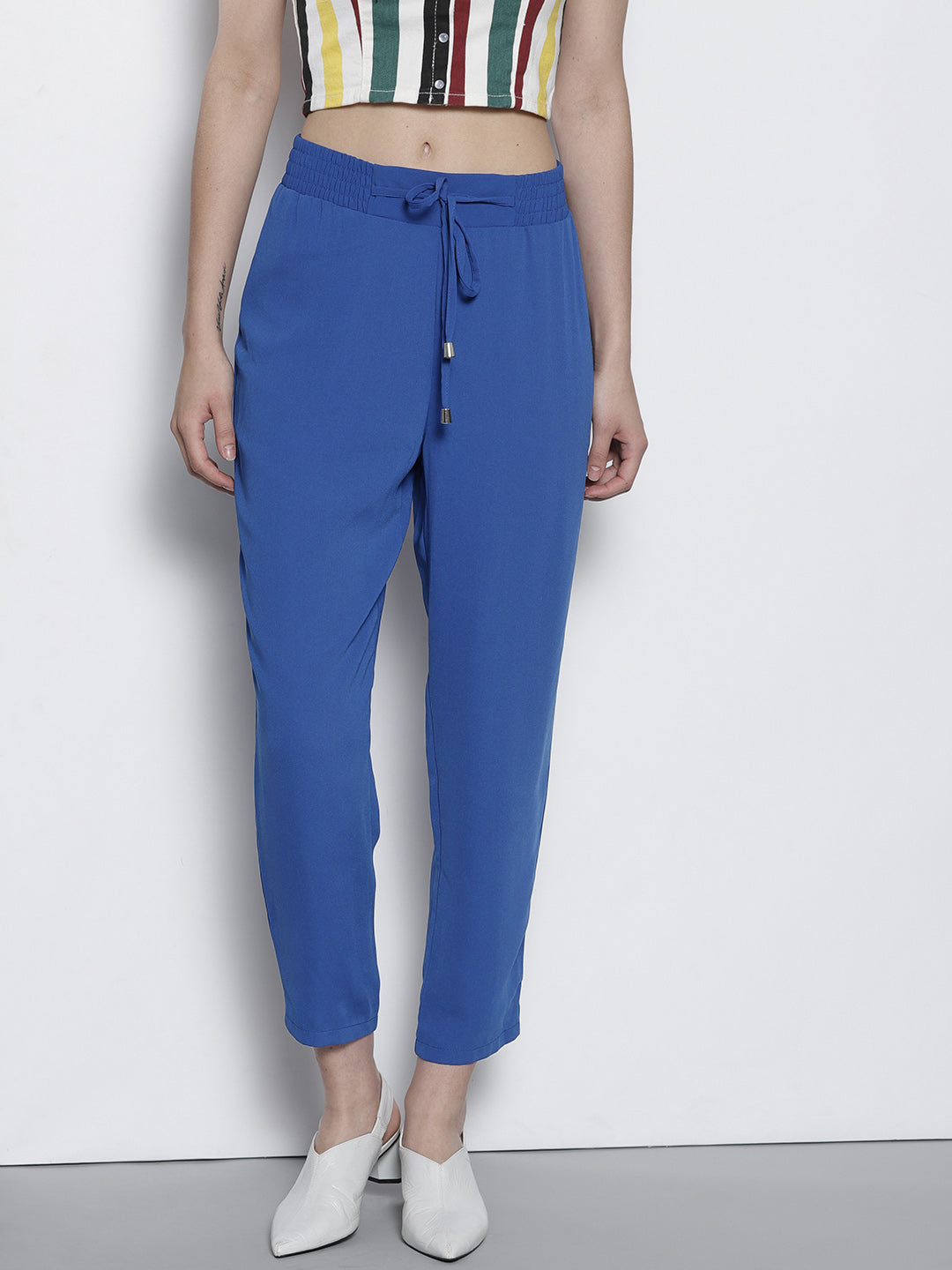 Blue Regular Fit Solid Cropped Trousers