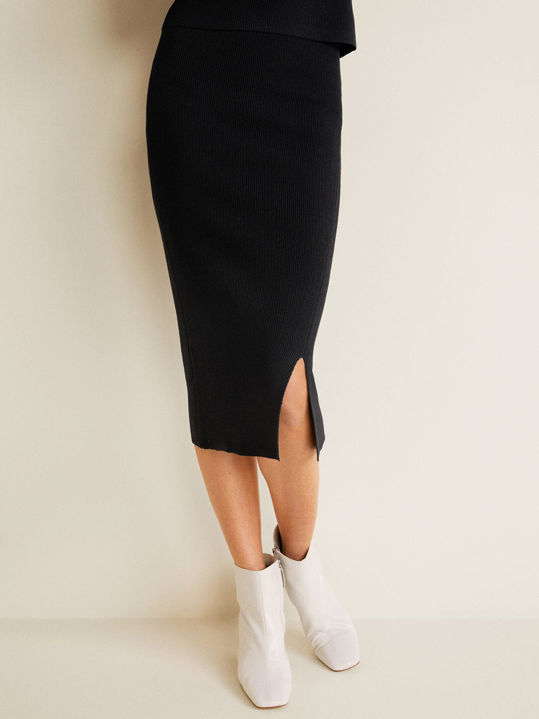 Women Black Self-Striped Midi Straight Skirt
