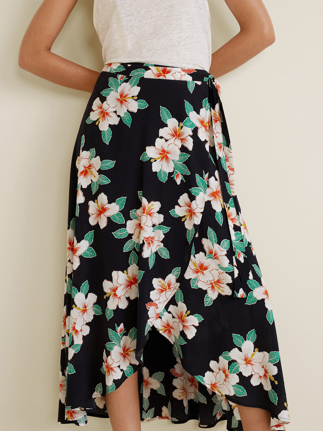 Women Navy Blue & Off-White Floral Print Wrap Skirt