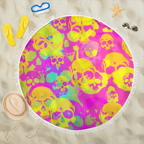 Beach blanket round Yellow skulls