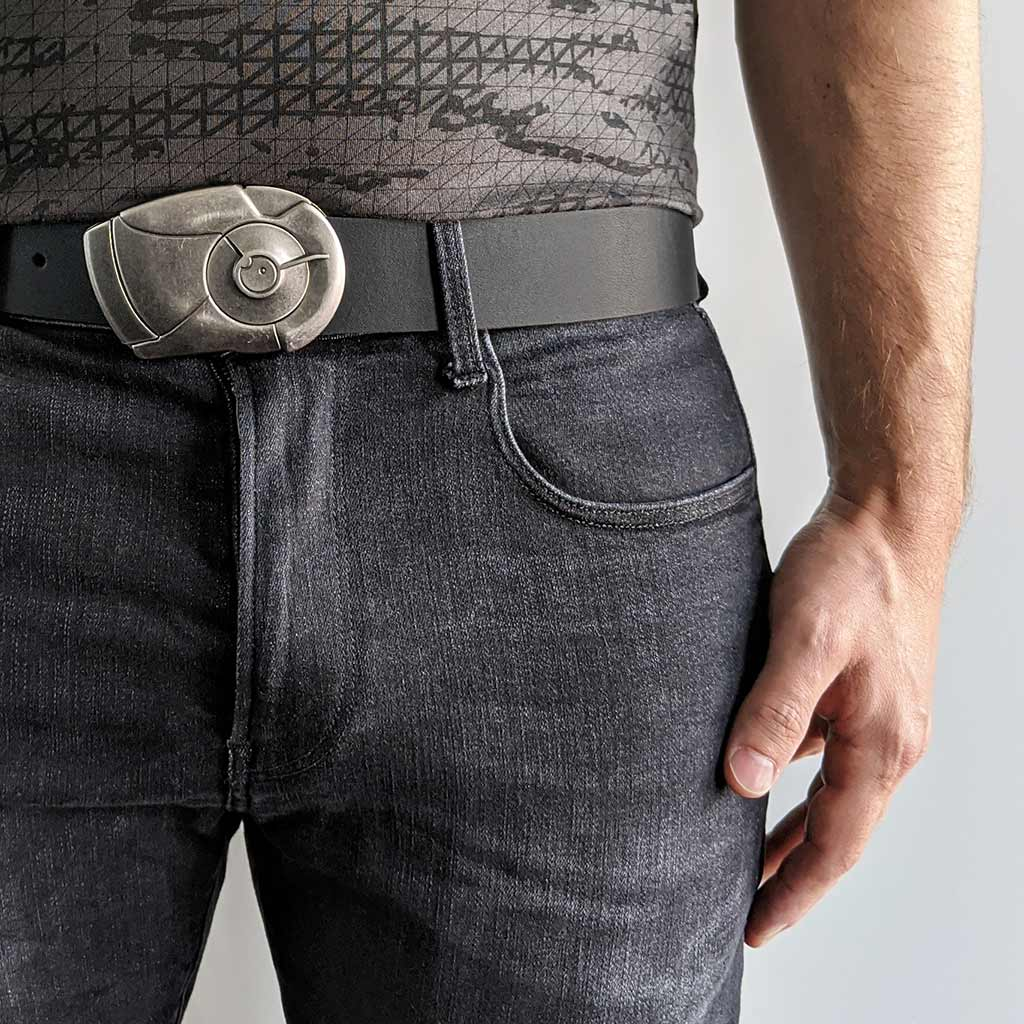 Android cool locking magnetic belt buckle. Vegetable tanned leather belt for jeans. Functional wearable art. Mens belts. BIFL