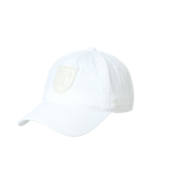 Triumph Scholarship Relaxed Fit Adjustable Hat - White