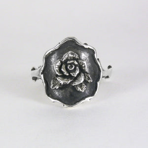 Thorn Frame Rose Ring