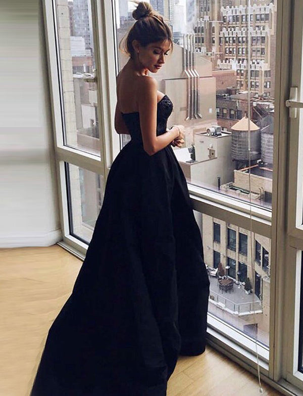 Sexy A Line Sweetheart Black Satin Long Evening Prom Dress with Lace