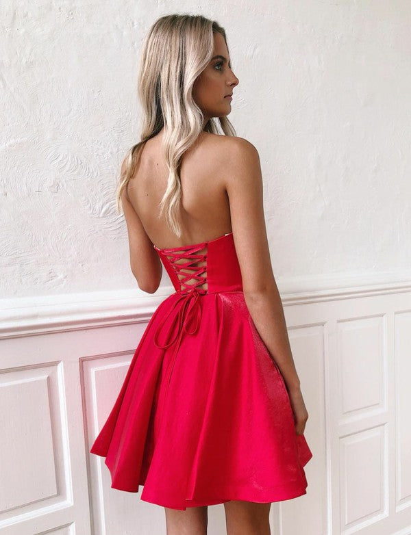 Red Sweetheart Short Homecoming Party Dress with Ruffles