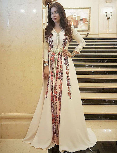 Elegant White Caftan A-line Sweep Train with Embroidered