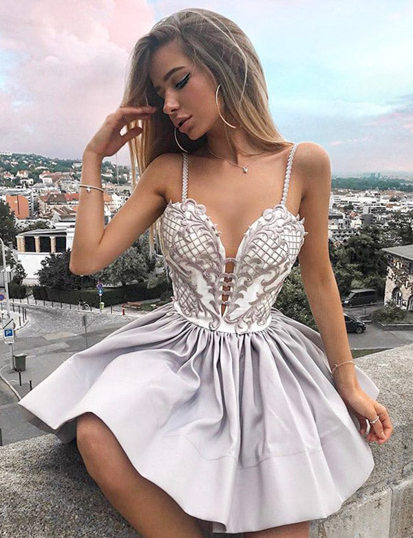 Modern A Line Spaghetti Straps Sliver Short Homecoming Cocktail Dress with Appliques