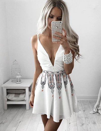 Unique A Line V Neck Sleeveless White Mini Homecoming Cocktail Dress with Embroidery