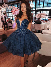 Charming A Line Sweetheart Navy Blue Lace Short Homecoming Prom Dress With Beading