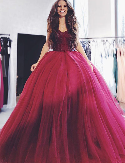 Fashion Ball Gown Sweetheart Burgundy Tulle Quinceanera Dress with Beading