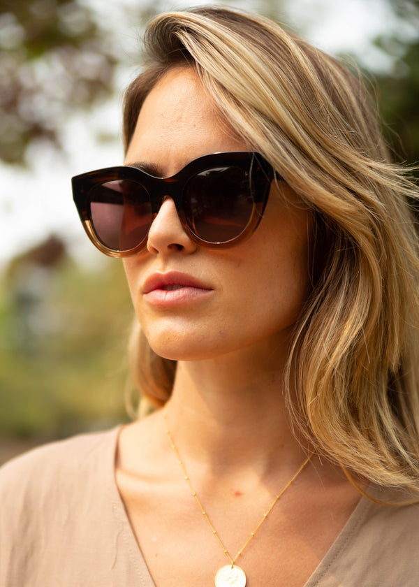 Airy Canary Sunnies - Oak