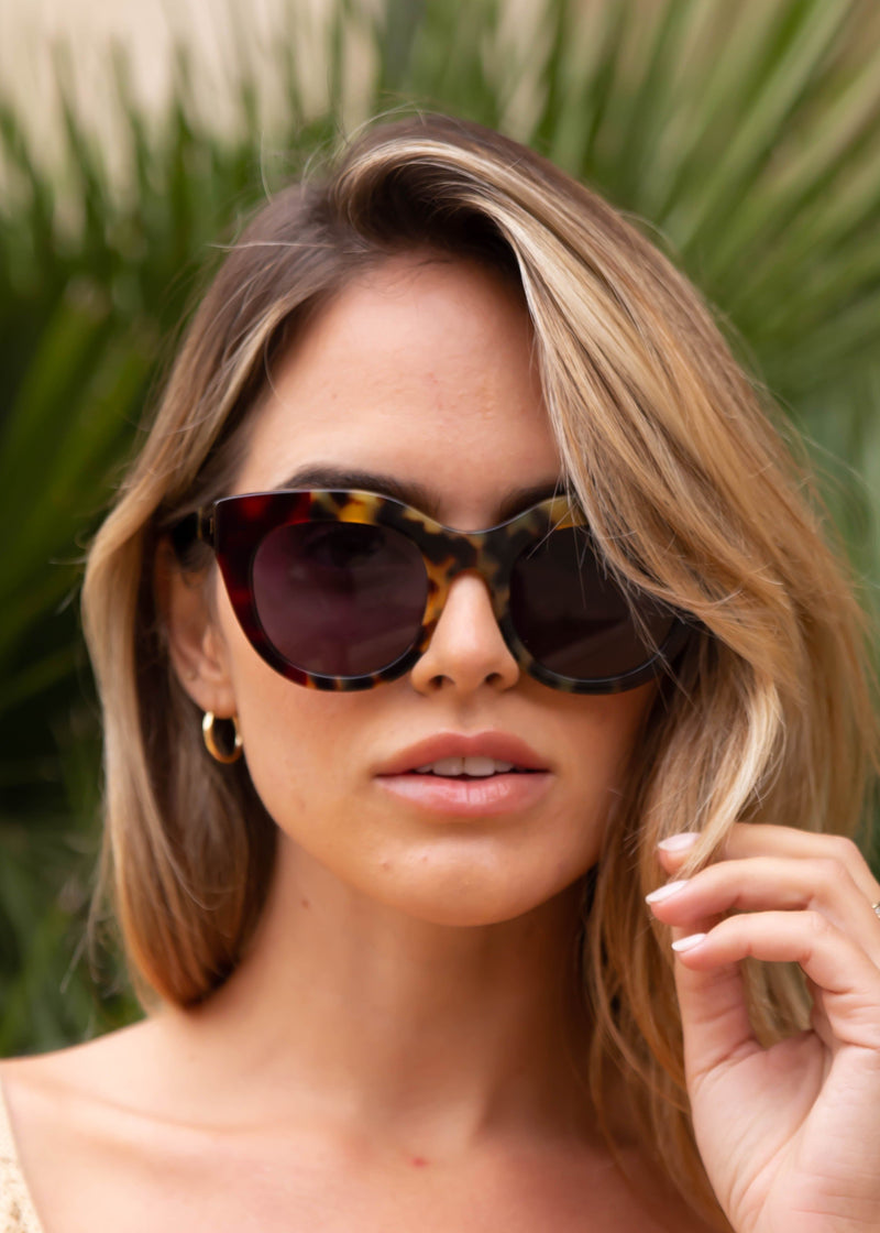 Airy Canary Sunnies - Blonde Cherry
