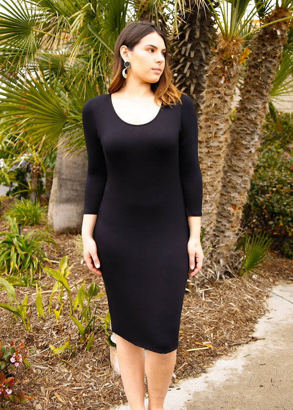 Fitted Scoop Neck Knit Dress - AMĒNAH
