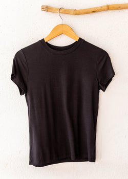 Crepe Fitted crew Neck Tee- Black